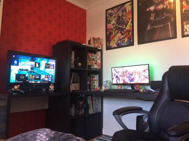 PC_Desk_UltlaWideMonitor10_77.jpg