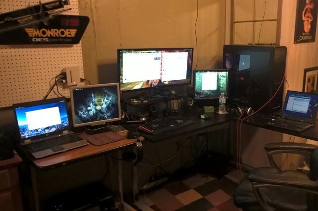 PC_Desk_UltlaWideMonitor10_79.jpg