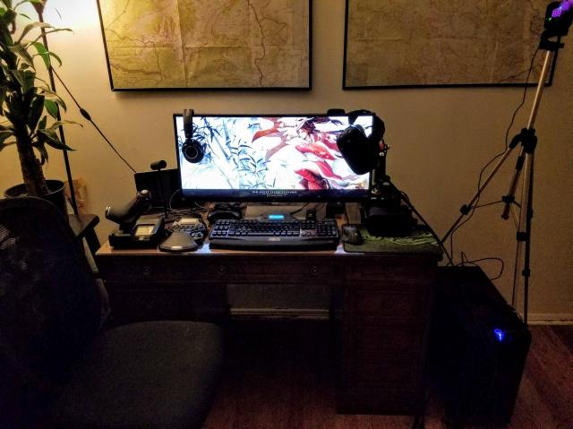 PC_Desk_UltlaWideMonitor10_95.jpg