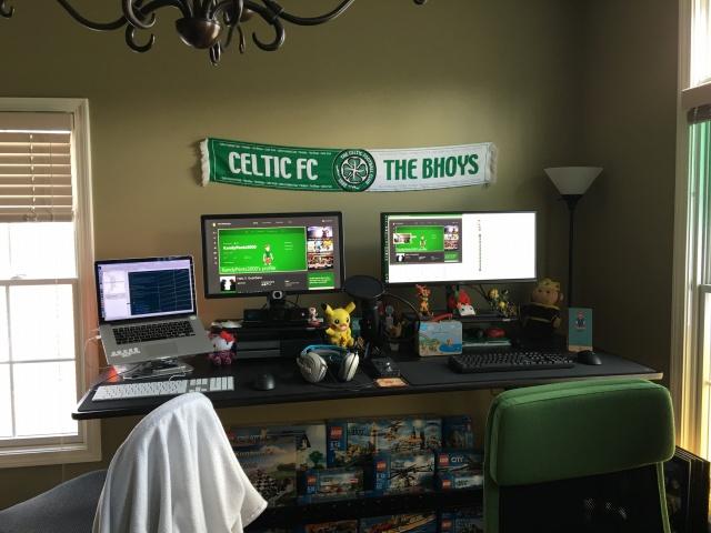 PC_Desk_UltlaWideMonitor10_97.jpg