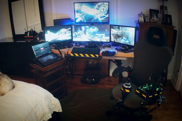 PC_Desk_UltlaWideMonitor11_62.jpg
