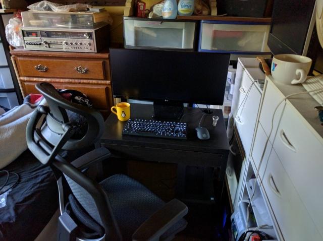 PC_Desk_UltlaWideMonitor11_68.jpg