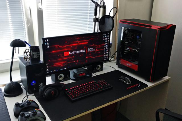 PC_Desk_UltlaWideMonitor13_24.jpg