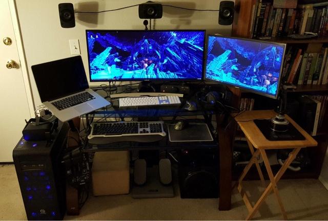 PC_Desk_UltlaWideMonitor13_42.jpg