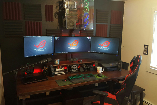 PC_Desk_UltlaWideMonitor13_57.jpg