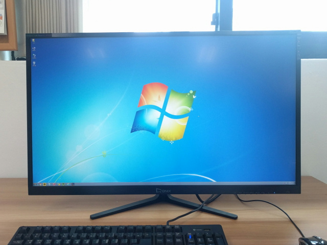 UHD3216R_REAL4K_MINE_09.jpg