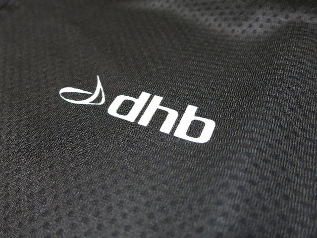 dhb-Super_Series_Jersey_04.jpg