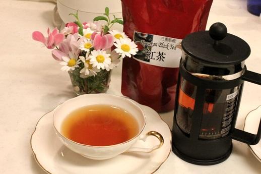 三重県産の紅茶