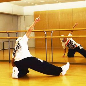 動画を厳選!ロックダンスの基本ステップ やり方・練習方法